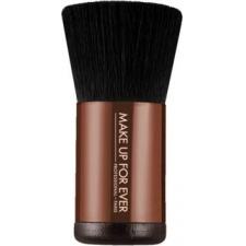 Make up for ever pro bronze fusion kabuki 136