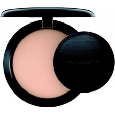 M.a.c. next to nothing pressed powder