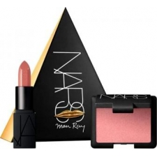 Nars love triangles